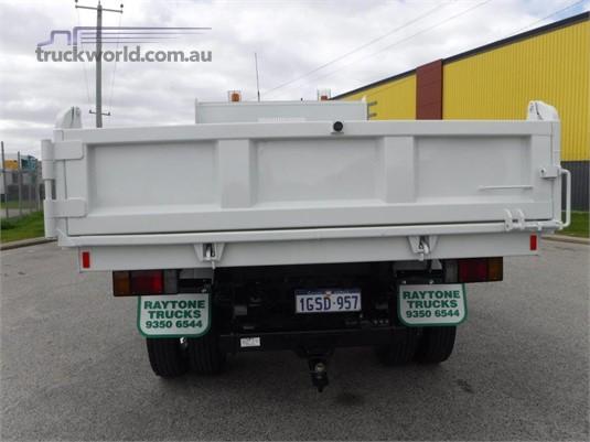 2012 Isuzu FRR500 Raytone Trucks - Trucks for Sale