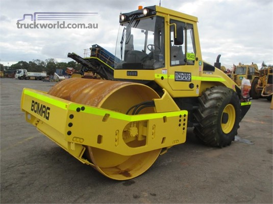 2010 Bomag BW211D-4 - Heavy Machinery for Sale