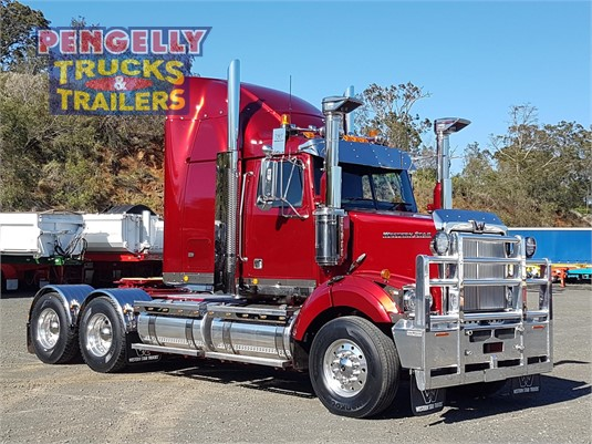 2017 Western Star 4864FXB Pengelly Truck & Trailer Sales & Service - Trucks for Sale