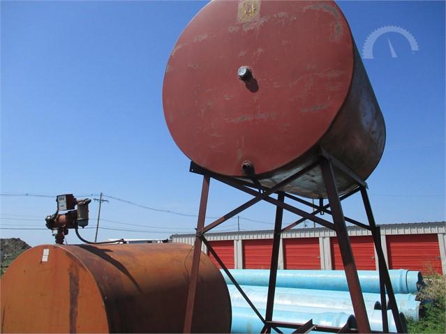 500 Gallon Fuel Tank >> Lot 8974 Fuel Tank 500 Gallon