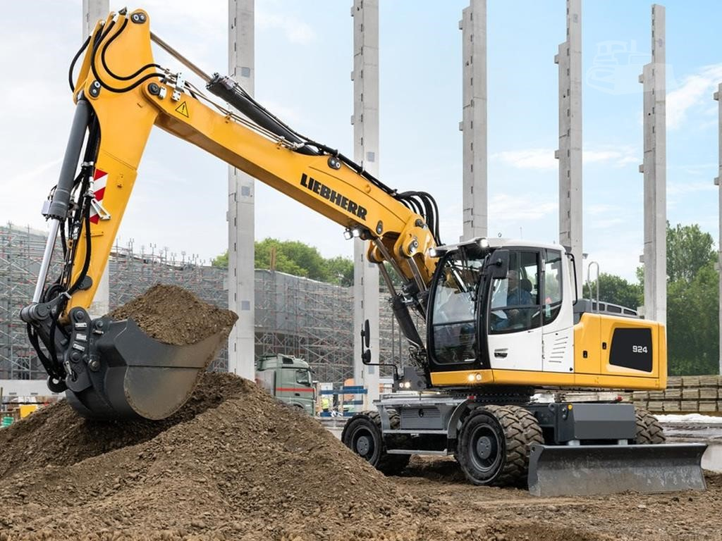 www amstate com | For Sale 2019 LIEBHERR A924 LITRONIC