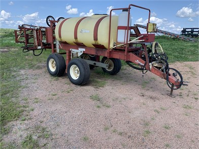 Sprayers For Sale In Wisconsin - 124 Listings | TractorHouse
