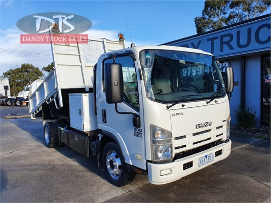 2010 Isuzu NPR300 Dandy Truck Sales - Trucks for Sale