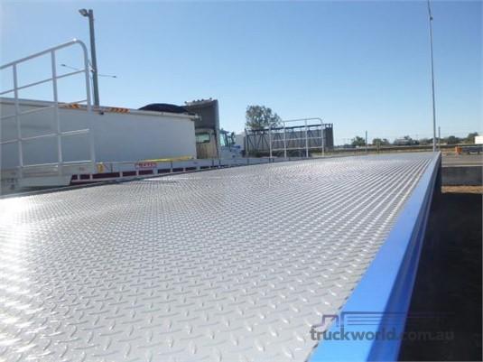 2001 Air Ride Flat Top Trailer - Truckworld.com.au - Trailers for Sale