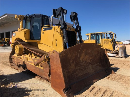 2017 Caterpillar D8T Heavy Machinery for Sale