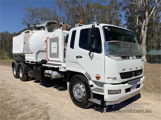 2012 Fuso Fighter 2427 - Trucks for Sale