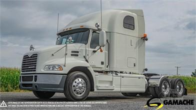 MACK PINNACLE CXU613 Conventional Trucks W/ Sleeper For Sale