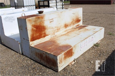 SADDLE TANK FUEL TANK Other Online Auctions - 1 Listings