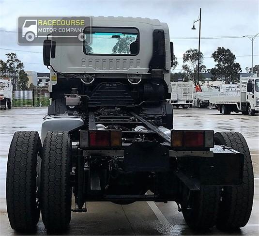 2011 Isuzu FVD 1000 Racecourse Motor Company - Trucks for Sale
