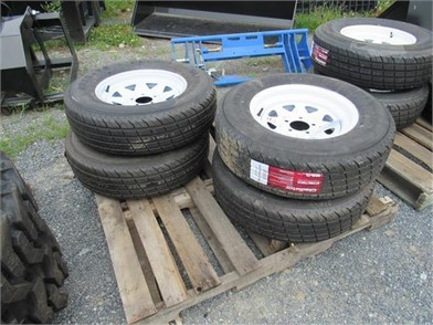 SET (NEW) ST/205/75R15 RADIAL TRAILER TIRES/WHEELS Other