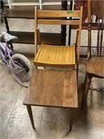 Folding Chair, Small Table 2pc