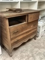 Vintage 4 Drawer Dresser Needs work