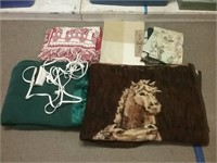 Blanket Placemats Sheet Lot
