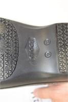 Dual Comfort CROCS Sz10