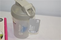 Blender Bottle and King Cube Maker