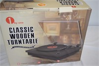 Classic Wooden Turntable