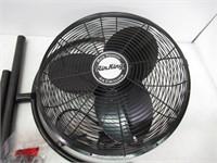 "20"" Air King Industrial Pedestal Fan"