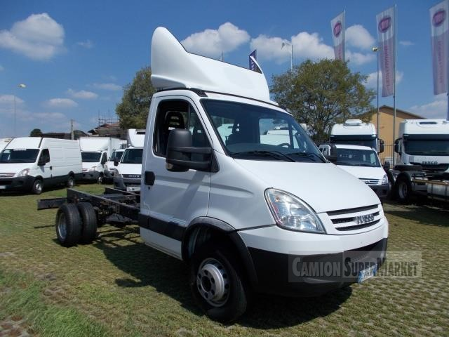 Iveco DAILY 65C18 used 2009 Piemonte