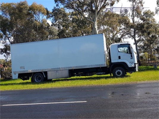 2010 Isuzu FTR 900 Long Trucks for Sale
