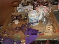 Tea Lots, Wall Hanging, Trinkets