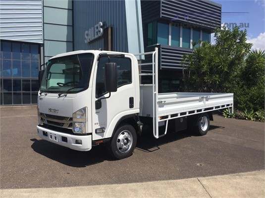 2019 Isuzu NPR 65 190 - Trucks for Sale