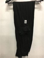 WOMENS LOOSE PANTS SIZE UNKNOWN