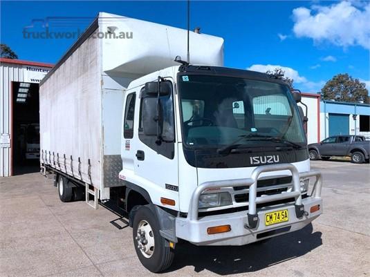 2003 Isuzu FRR 500 Trucks for Sale