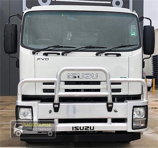 2011 Isuzu FVD1000 Racecourse Motor Company - Trucks for Sale