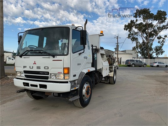2007 Mitsubishi Fighter FM600 Trucks for Sale