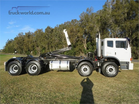 2010 International Acco - Truckworld.com.au - Trucks for Sale