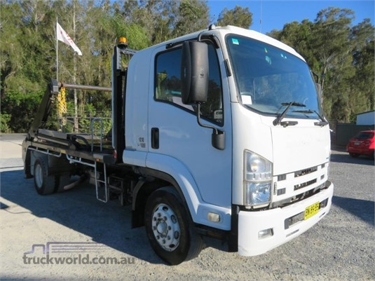 2011 Isuzu FSR850 - Trucks for Sale