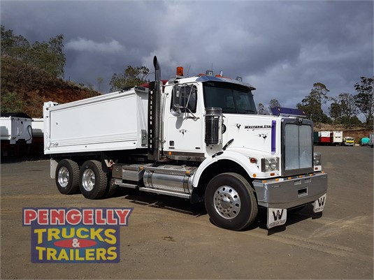 2016 Western Star 4800FS2 Pengelly Truck & Trailer Sales & Service - Trucks for Sale