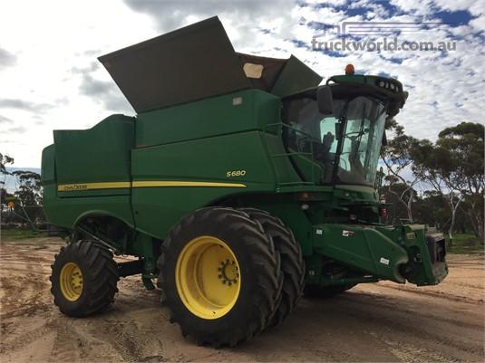 2014 John Deere S680 - Farm Machinery for Sale