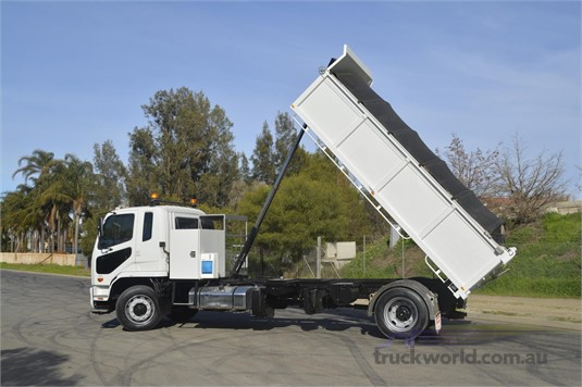 Fuso Fighter 1627 - Trucks for Sale