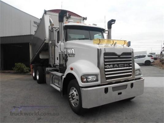 2012 Mack Trident Trucks for Sale