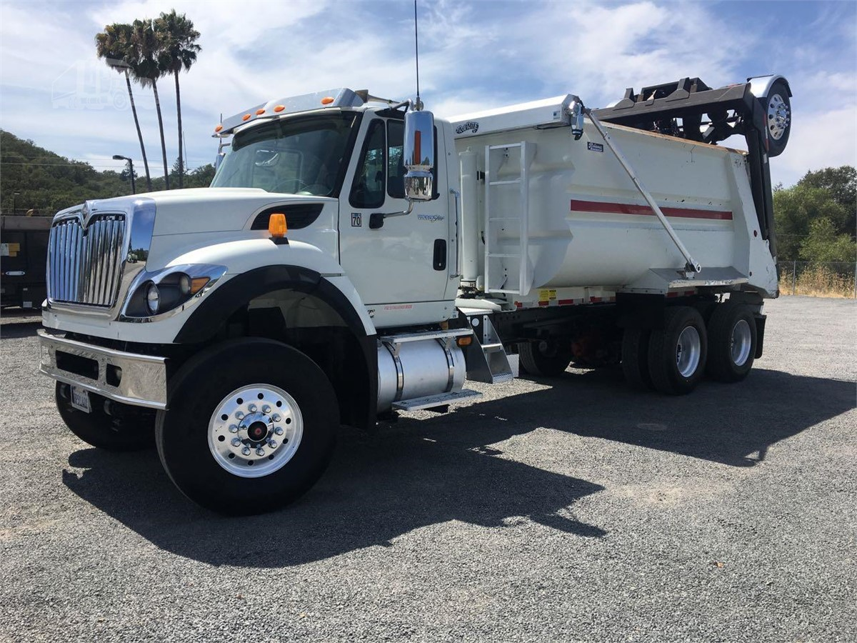 2008 INTERNATIONAL WORKSTAR 7700 For Sale In Cloverdale, California