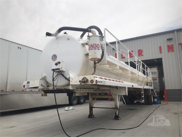 2011 DRAGON 42' 103BBL STEEL WATER TANKER, HOSE TRAY, CAT