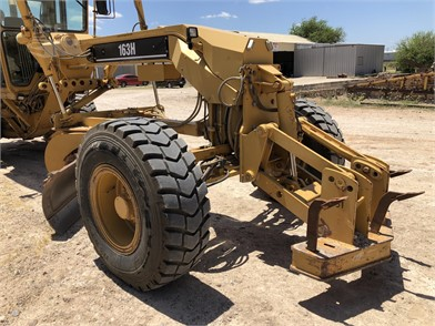 Attachments | FEPO Machinery | The best heavy equipment