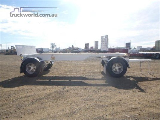 Hamelex White Skeletal Trailer - Trailers for Sale