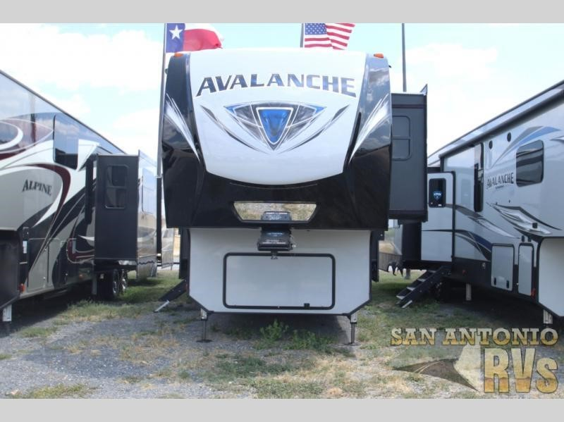 2020 KEYSTONE RV CO AVALANCHE 396BH For Sale in Seguin, Texas