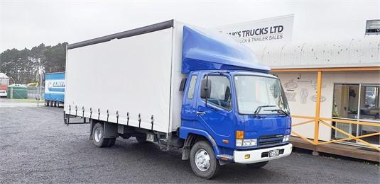 2006 Mitsubishi Fuso FIGHTER 10 - Trucks for Sale