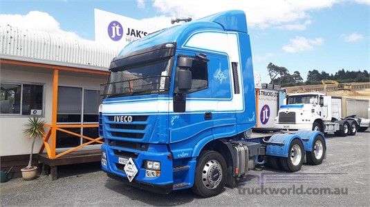 2013 Iveco Acco 2350F - Trucks for Sale