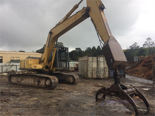 0 Komatsu PC220 LC - Heavy Machinery for Sale