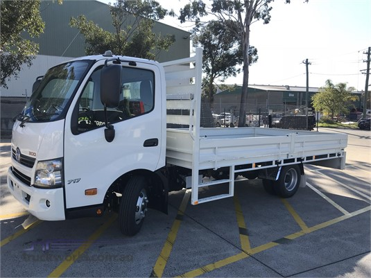 2018 Hino 300 Series - Trucks for Sale