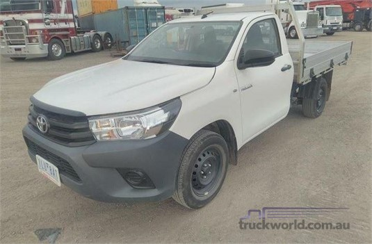 2017 Toyota Hilux Workmate Light Commercial for Sale