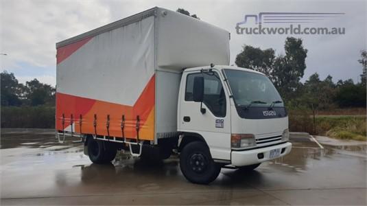 2002 Isuzu NPR 250 - Trucks for Sale