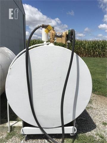 500 Gallon Fuel Tank >> Lot 1 Unknown 500 Gallon Fuel Tank For Sale In Murphysboro Illinois