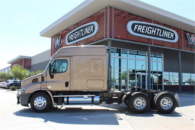 Used Trucks For Sale By VELOCITY TRUCK CENTERS-Arizona - 114