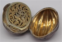 JEWELRY. English Gold and Silver Objets D'Art.