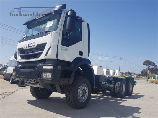 2019 Iveco TRAKKER 450 - Trucks for Sale
